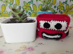 This is a handmade crocheted ceramic flowerpot, crochet Lightning McQueen cover gives you a kind of cool and refreshing feeling, there is a small hole, water can leak out, put in some succulents, plants, herbs, cactus, or flowers, it needs nutritional soil about 120g, in the process of growing flowers , Material:80% cotton, 20% milk fiber Pot Material:ceramic Finished product size : Approximately Height : 2.3inches (6cm) Inner Diameter : 3.1*3.1inches (8*8cm) Circumference: 13.8inches (35cm)