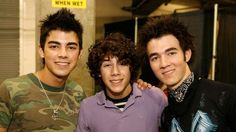 What Kevin, Joe, and Nick Jonas looked like in 2005...AWW.