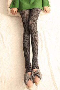 clover patterned tights