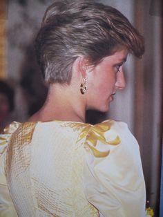 --1986--Princess Diana with short hair.