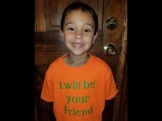 'I Will Be Your Friend': First-Grader's Shirt Fights Bullies What an amazing heart this little kid has. we need a lot more of this in the world! Teen Bullying, Bullying Stories, Bullying Activities, Bullying Lessons, Bullying Quotes, Anti Bullying, Back To School Gifts, First Day Of School