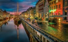 Petersburg is famous for the Imperial palaces and parks and also for the museums and palaces in the city centre and Peterhof is Hd Landscape, Landscape Architecture, Landscape Design, Amsterdam Canals, Architecture Wallpaper, Rainbow Wallpaper, Water Reflections, Parks And Recreation, City Buildings