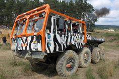 Resultado de imagem para Tatra off road race trucks Huge Truck, Road Racing, Trials, Motor Car, Offroad, Tractors, Monster Trucks, Vehicles, Mud
