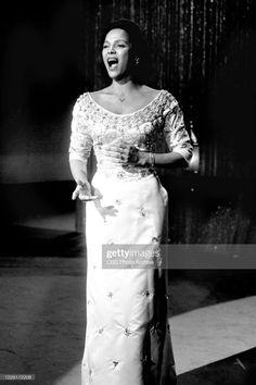 Theresa Randle, Female Movie Stars, Hollywood Scenes, Harry Belafonte, Dorothy Dandridge, Black Actors, 1960s Fashion, African American Women, Best Actress