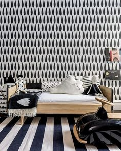 Monochrome, kids room inspiration Sissy and Marley - Crioll Studio White Kids Room, Bold Wallpaper, Charcoal Wallpaper, Wallpaper Patterns, Modern Wallpaper, Wallpaper Samples, Kids Room Design, Wall Design, Kid Spaces