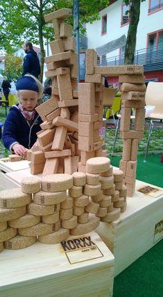 CONSTRUCTIVE ROOM OR COOPERATIVE BUILDING ZONE IN MAIN PLAYSPACE idea for Swapnplay: KORXX - Cork building blocks