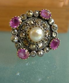 Vintage Gold, Diamond & Ruby ring