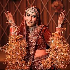 Top Latest Kaleera Designs For Your Wedding - Bridal Kalire Design Indian Bridal Outfits, Indian Bridal Fashion, Indian Dresses, Bridal Looks, Bridal Style, Big Indian Wedding, Indian Weddings, Wedding Girl, Wedding Ideas