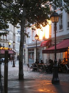 My kind of place. Place des Abbesses in Paris