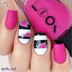 Flowers Nail Art 100 New Idea for Spring 2018 - Reny styles Fingernail Designs, Acrylic Nail Designs, Nail Art Designs, Cute Nails, Pretty Nails, Bridal Shower Nails, Hair And Nails, My Nails, Manicure