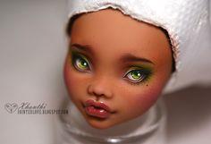 "OOAK Custom Monster High ""Clawdeen"" Doll by Xhanthi"