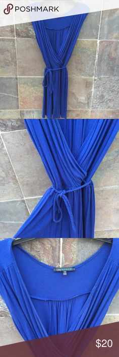 Royal Blue comfortable dress 💙 Been hanging in my closet for years. Beautiful dress. Drapes beautifully on the body. Nordstrom Dresses Mini
