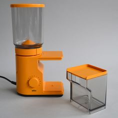 Braun KMM 10 'aromatic' coffee grinder by Reinhold Weiss and Hartwig Kahlcke, 1975