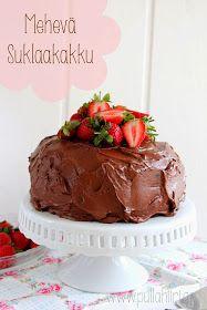 Mehevä suklaakakku, jossa on mehevä suklaakakkupohja sekä täyteläinen suklaatäyte. Suklaatäytekakku, joka todellakin maistuu suklaalle.