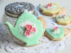 Green Cat Bakery Cookies. Read More - http://onefabday.com/stuff-love-green-cat-bakery/
