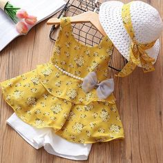 Girls Tiered Ruffle Tunic with Matching Shorts & Sun Hat - Cute Outfits Baby Girl Frocks, Frocks For Girls, Little Girl Dresses, Baby Outfits, Outfits With Hats, Kids Frocks Design, Baby Frocks Designs, Baby Girl Dress Patterns, Baby Dress Design