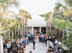 Whether it is an alfresco soirée, intimate celebration or over-the-top affair for 200 guests, @cannongreenchs is always love at first…