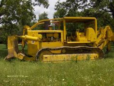 1972 International TD25 Dozer -Dozer with ripper. Series 3.817CI, International engine, 100% under carriage (rails, rollers, and sprockets), Turbo charged and after cooled engine - See more at: http://www.heavyequipmentregistry.com/heavy-equipment/10090.htm