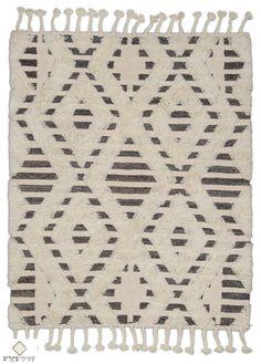 Berber Carpet, Rugs, Home Decor, Farmhouse Rugs, Decoration Home, Room Decor, Home Interior Design, Rug, Home Decoration