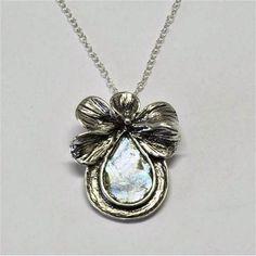 Roman Glass ribbon #silver #necklace