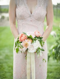 This Wisconsin wedding is filled with the prettiest blooms you'll ever see! Crafted by Munster Rose, we're beyond obsessed with the bride's stunning bouquet as well as all of the floral arrangements in the ceremony and reception decor. This wedding has a casual vibe but still evokes elegance, especially through its gilded decor. Scroll through […]