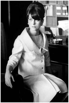 Catherine Deneuve 1961 Photo Loomis Dean