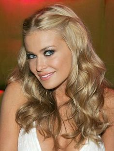 <3 the color & style (Carmen Electra)