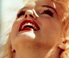 Adela and Tessie: The sexsymbols part I. - Marilyn Monroe