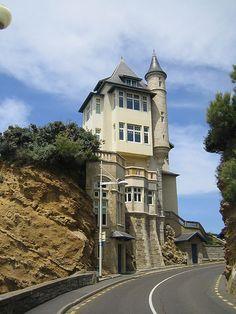 ˚Strange house - France