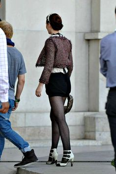 Blair Waldorf Outfits, Blair Waldorf Style, Gossip Girl Outfits, Gossip Girl Fashion, Blair Fashion, Chanel Fashion, Women's Fashion, Gossip Girl Blair, Gossip Girls