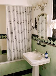 Art Deco Bathroom Omg Look At That Shower Curtain