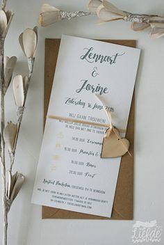 Trouwkaart met houten hartje - Lennart & Jorine
