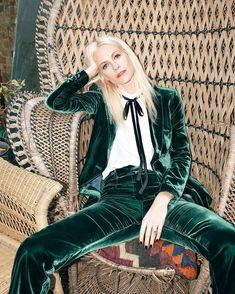 1,458 отметок «Нравится», 29 комментариев — FRAME (@frame) в Instagram: «@poppydelevingne for #girlsinFRAME wearing the #AW16 Velvet Suit, available through link in bio»