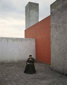 photo by Evelyn Hofer_ Luis Barragan, Mexico, 1983