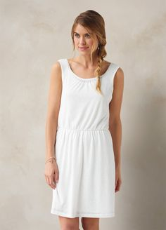 I love the prAna Mika Dress! Check it out and more at www.prAna.com