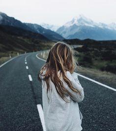 Mountain girls @frauke_hagen @evolumina New Zealand