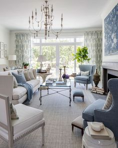Sublime 55+ Chic Living Room Decorating Design Ideas For Great Family https://freshouz.com/55-chic-living-room-decorating-design-ideas-for-great-family/