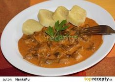 Hlíva na paprice Czech Recipes, Ethnic Recipes, Goulash, 20 Min, Thai Red Curry, Stew, Stuffed Mushrooms, Food And Drink, Cooking Recipes