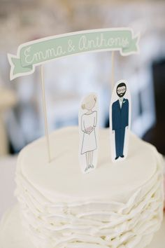 paper bride and groom cake toppers