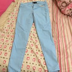 """Light blue skinny jeans Worn a few times, still like new. Has zipper on the ankles, inseam is about 26"""" long. Forever 21 Pants"""