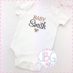 Such a fun way to share your exciting news! These personalised vests are also a great way to share your news with a picture on social media or just to pop in your hospital bag to feature in babies very first photographs! The baby vests can then be kept as a keepsake with babies special