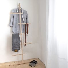 Wall mounting clothes rack ✓ Towel rail made of untreated ash wood ✓ Locally produced in Germany ✓ Modern & minimalist design ✓ Mini Dressing, Dressing Table, Clothes Valets, Coat Tree, Valet Stand, Small Bookshelf, Coat Stands, Wardrobe Rack, Bedroom Furniture