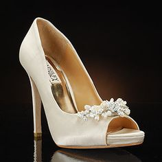 Alison by Badgley Mischka 4 1/4 inches Cream Silk Dyeable to dark colors only $245.00