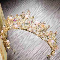 Handmade Pink Beaded Dragonfly Wedding Tiara Bridal Headband Source by stassx vintage Dragonfly Wedding, Beaded Dragonfly, Hair Jewelry, Wedding Jewelry, Fashion Jewelry, Beaded Jewelry, Kids Jewelry, Gold Jewellery, Silver Jewelry