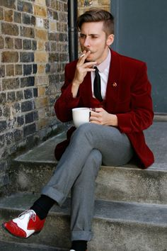 The moustache, the blazer,the whole ball game Red Velvet Jacket, Velvet Blazer, Gentleman Mode, Gentleman Style, Sharp Dressed Man, Well Dressed Men, Moustache, Look Fashion, Mens Fashion