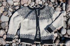 passformen. Form, Crocheting, Knit Crochet, Knitting, Sweaters, Fashion, Crochet Hooks, Moda, Ganchillo