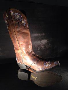 52039 mystique beautiful detail Western Boots, Cowboy Boots, Western Weddings, Wedding Boots, Westerns, Detail, Beautiful, Shoes, Fashion