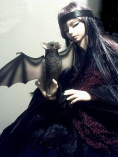 as crybabymommie on live journal put it:  got a Luts LuWen vampire SD13doll from a DOA member and he can pose with my Domuya bjd bat