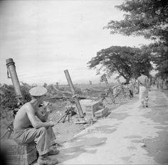 mortars of Anti-tank Regiment, Royal Artillery, in the Sittang Bend area, 1 August Ww2 Pictures, Military Pictures, Burma Campaign, Major Oceans, British Armed Forces, Man Of War, Indian Army, American Soldiers, British Army