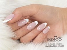 French manicure, ombre, ornaments, dusts - wedding nail designs can be very diverse. Discover Indigo offer of wedding nails and choose the most beautiful manicure! Nail Tip Designs, French Nail Designs, Colorful Nail Designs, French Nails, Almond Nails French, Minimalist Nails, Oval Nails, Pink Nails, Finger